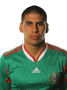 Carlos Salcido irá a Brasil 2014; Moisés Muñoz fue descartado.