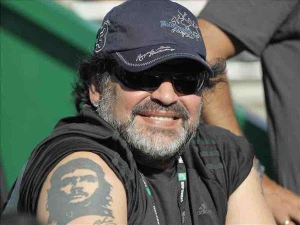 El astro argentino Diego Maradona afirmó que ante Holanda Iker Casillas jugó el peor partido que le ha visto. EFE