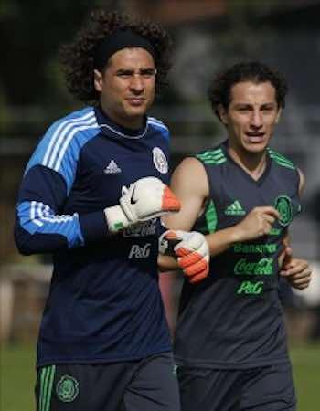 """Ochoa sobre Robben, """"no tenemos que pensar en un solo jugador"""". EFE"""