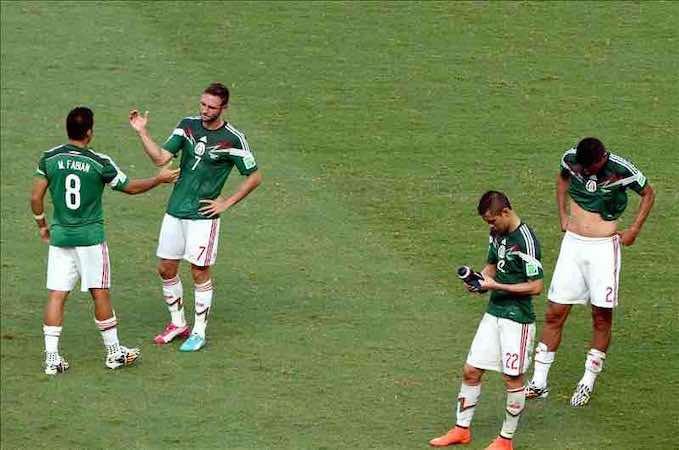 La selección mexicana emprende la vuelta a casa