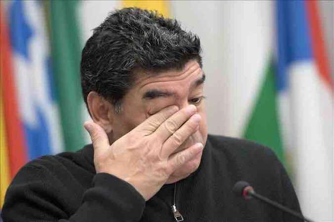 """Maradona dice que los alemanes """"juegan bien y no te fallan un pase"""". EFE"""