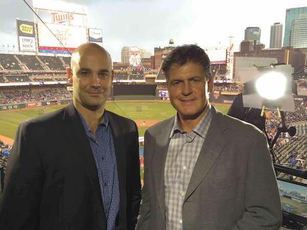 Pablo Alsina y José Tolentino, estarán transmitiendo en español para Fox Deportes el Juego de Estrellas desde el Target Field en Minneapolis. Foto Cortesía Fox Deportes