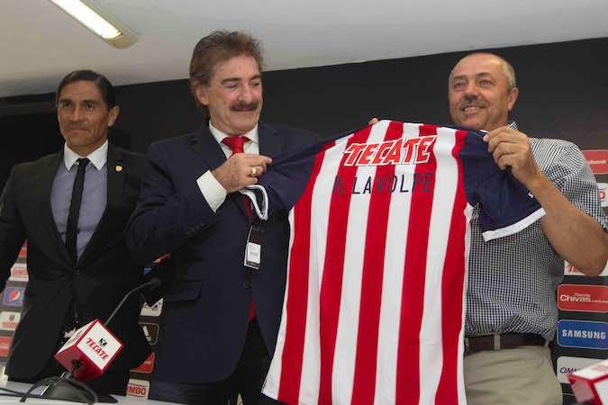 Ricardo Lavolpe arrepentido de firmar con las Chivas de Guadalajara