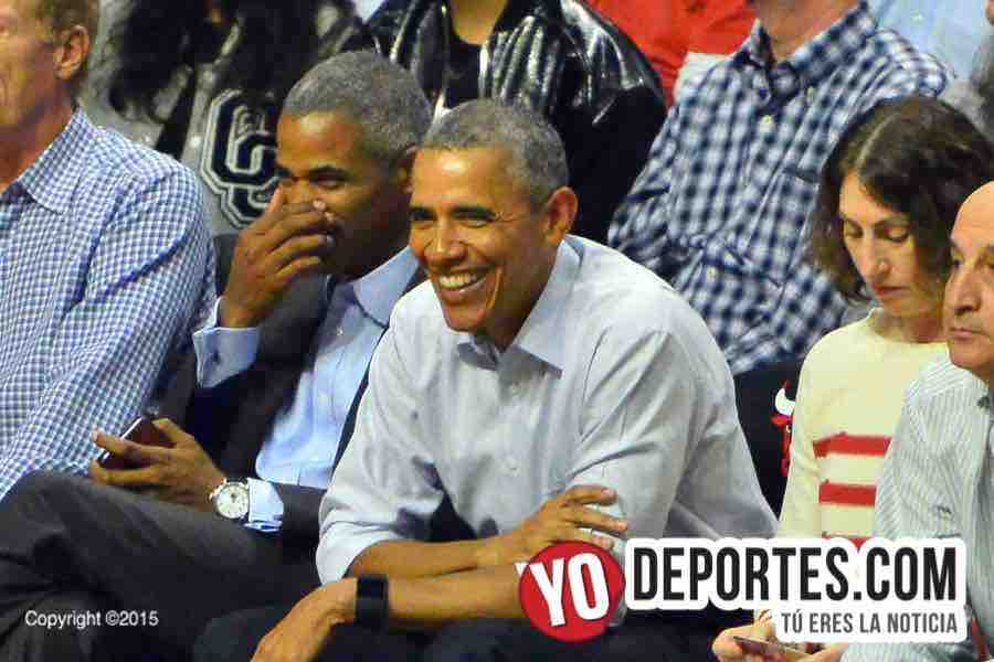Barack Obama Chicago Bulls Cavaliers Opening Night