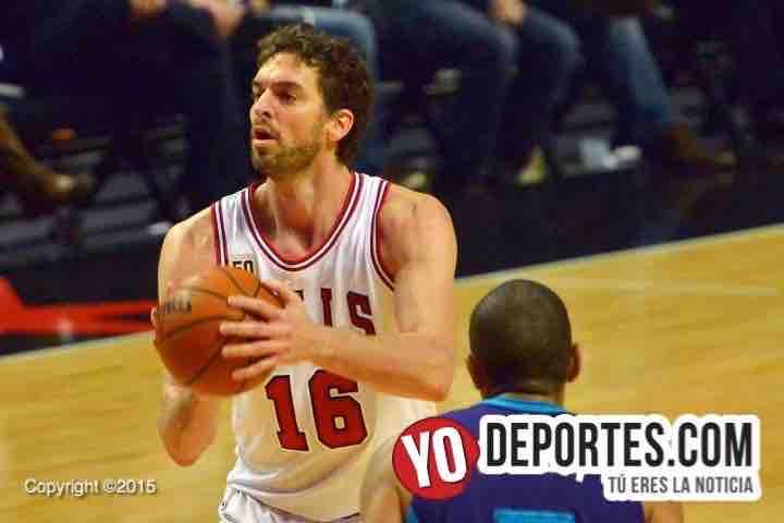 Pau Gasol Chicago Bulls vs Charlotte Hornets