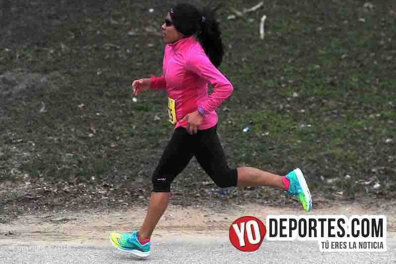 Columba Montes llega tercero en LakeFront 10 Miler