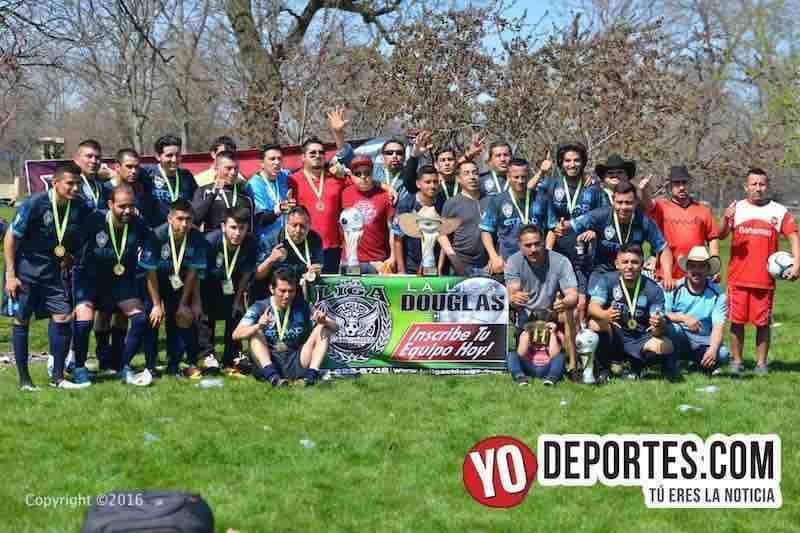 Estrella Blanca obtiene novena copa en Liga Douglas