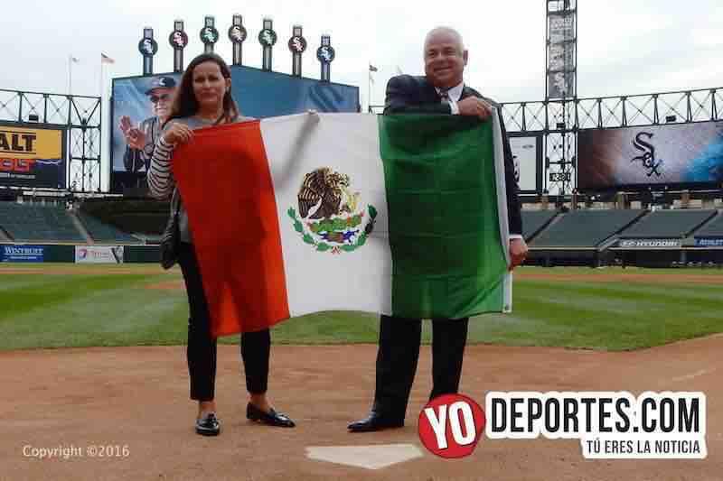 Rick Renteria saca la bandera mexicana y dispara: Para que todo mundo sepa que tenemos la capacidad de hacer muchas cosas