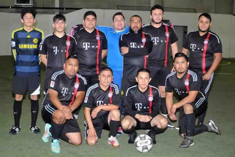 Campeones del Pavo en 5 de Mayo Soccer League