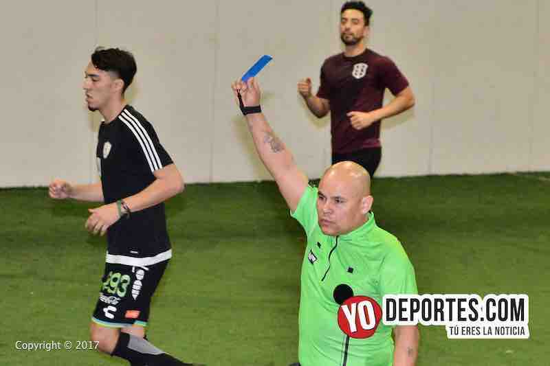 Deportivo DF-Back of the Yards-Mundi Soccer League arbitro Diego Rivera