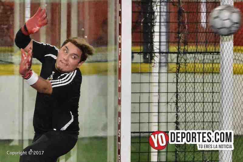 Xonacatla Jr contra Chicanos final de la Liga de Matehuala en Melrose Park portero