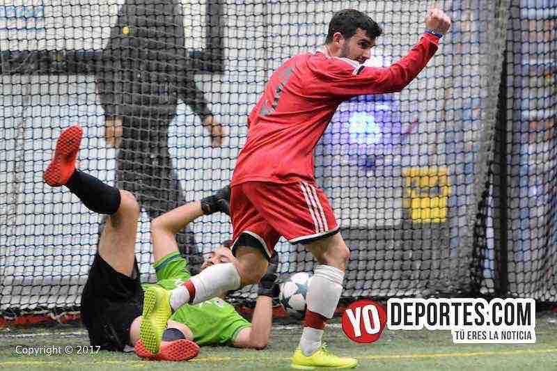 Gordy Gurson de San San, hizo 4 goles contra el Tucuaro en cuartos de final de la Champions en la Liga Latinoamericana.