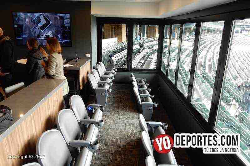 La nueva suite 134 detrás del Home para 25 personas en el estadio Guaranteed Rate Field.