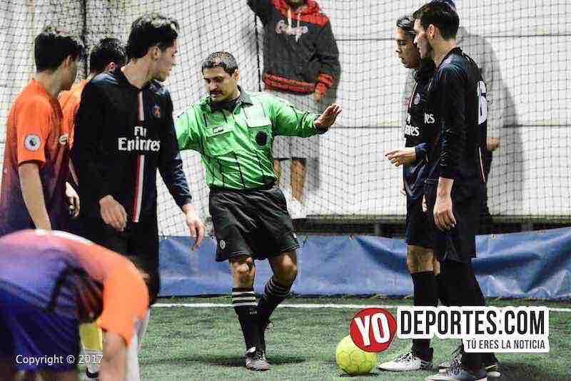 Arbitro Valerio Cabanas-Bulldogs-Remy FC-Fuerza Latina Soccer League
