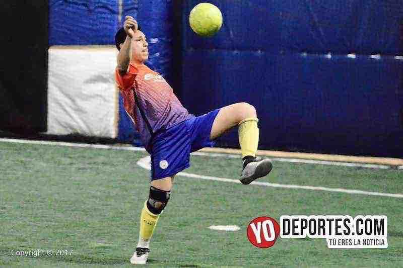 Bulldogs contra Remy FC Fuerza Latina Soccer League futbol