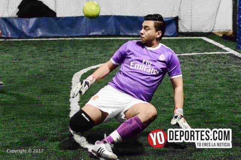 Bulldogs contra Remy FC Fuerza Latina Soccer League-portero