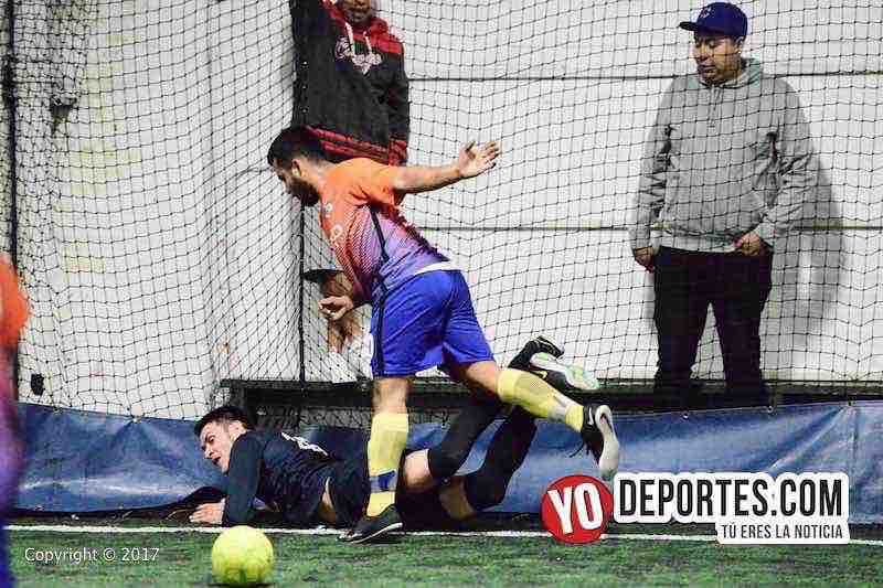 Bulldogs contra Remy FC Fuerza Latina Soccer League semifinales
