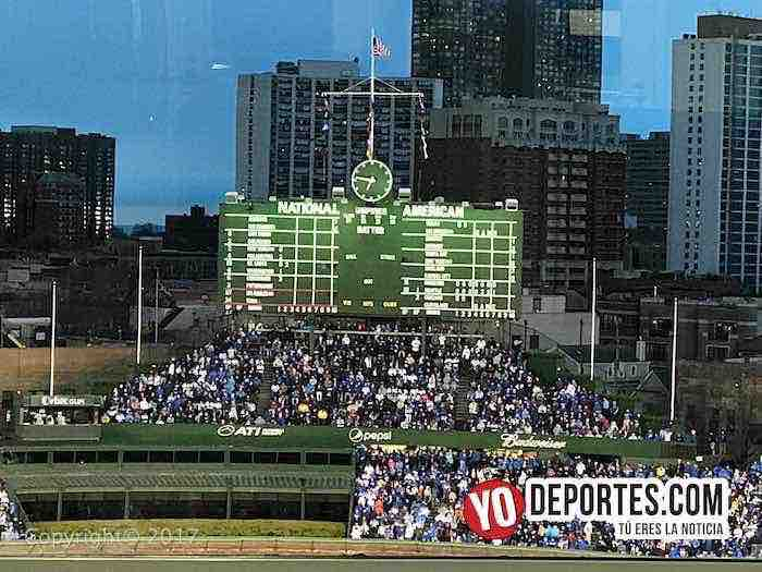 Chicago Cubs-LA Dodgers-Opening Night-bleachers