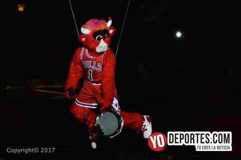 benny the bull-Chicago Bulls-Boston Celtics game 4