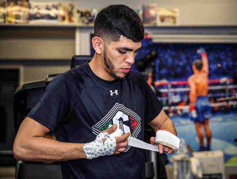 Alex Saucedo-El Cholo-Top Rank-Chicago