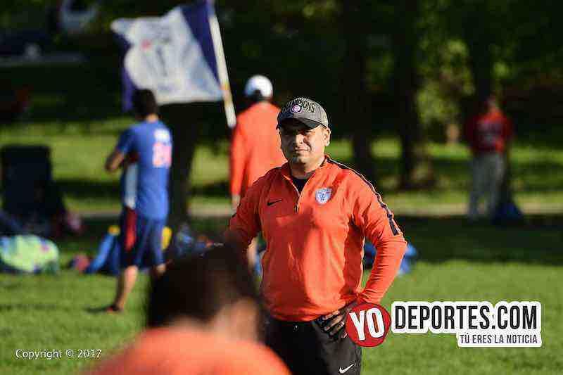 Mario Torres coach-Tuzos Chicago Soccer Academy
