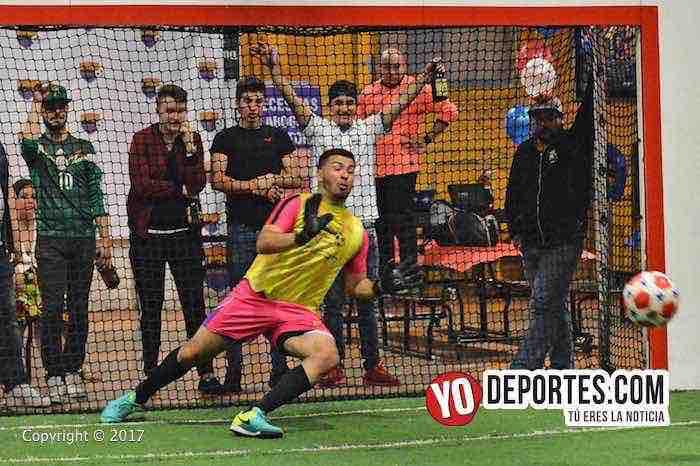 Penales de media noche entre Deportivo Tapatío y Deportivo Macuil