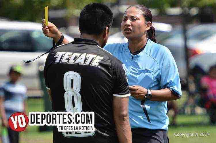 Arbitro Rosalba Luna-Estrella Blanca-Hidalgo-Liga Douglas