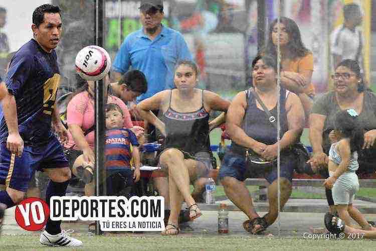 Pumas Floresta-Atlante-Liga 5 de Mayo-chicago indoor sports