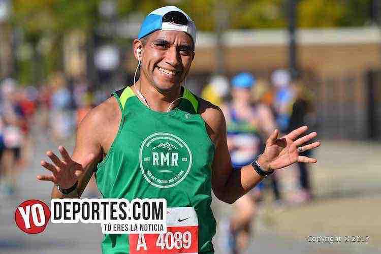 Miguel Gomez-3-09-30-Chicago Maraton 2017