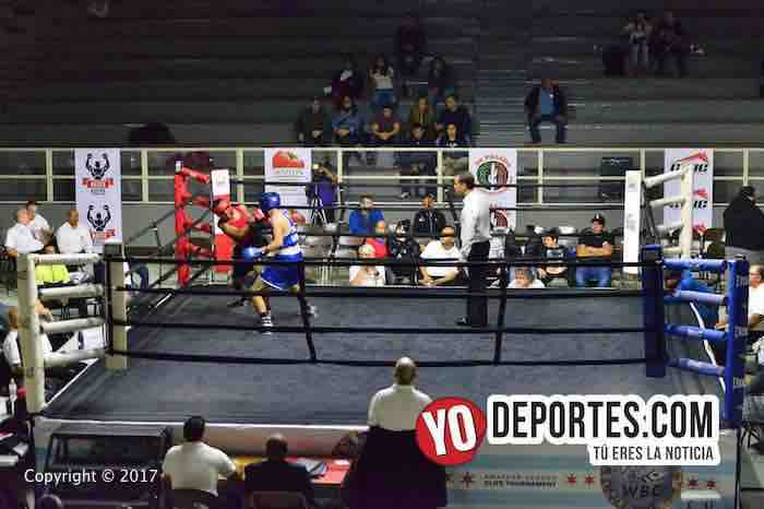Enrique Soriano-Justin Boyd-WBC-CMB-Torneo Amateur Cicero Stadium-DSC_6754