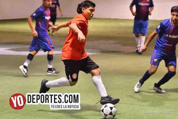 Goleador Hugo Garcia-Chicago North Soccer League-Chicago Arsenal-Aguilas Sierra-