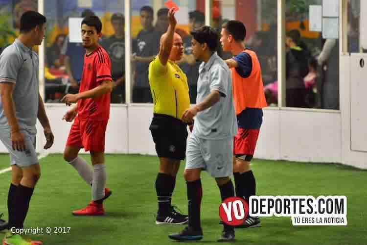 Se dieron con todo TMT y Young FC en Mundi Soccer League
