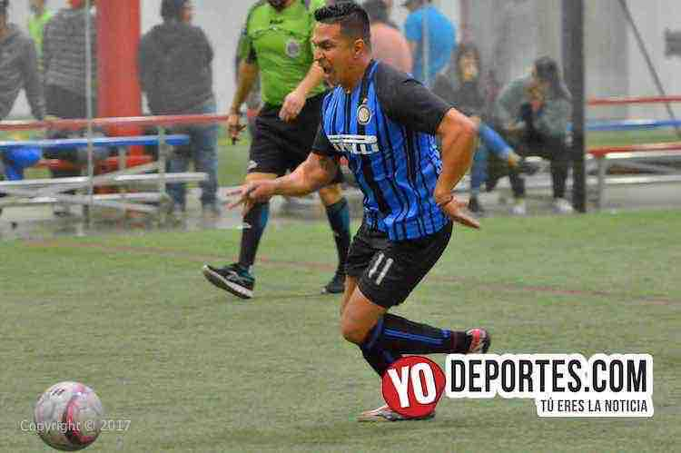 Arbitro Leo Zuniga-Honduras-Deportivo Garcia-5 de Mayo Soccer League