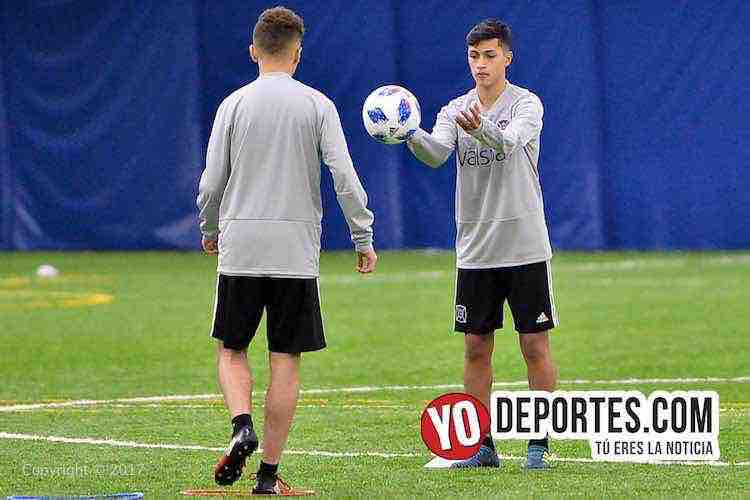 Javier Casas-Chicago Fire-entrenamiento-training camp