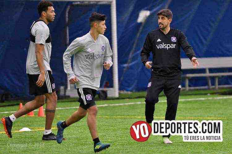 Javier Casas-Veljko Paunovic-Chicago Fire-entrenamiento-training camp
