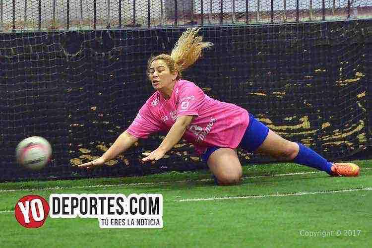 CD Fénix no perdona a las Chicas Barza en la Liga Interamericana