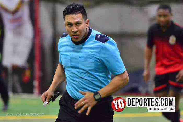 Arbitro Leo Zuniga-Guadalajara-Deportivo Guerrero-champions Liga Latinoamericana
