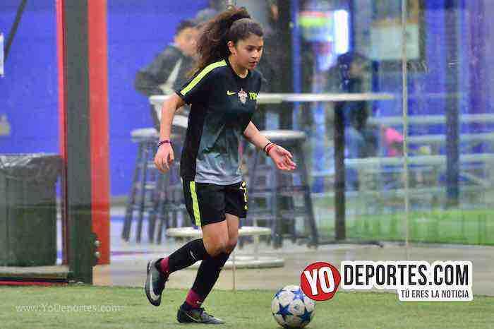 Empatadas Real FC y Scorpions AKD Premier Academy Soccer League-mujeres futbolistas