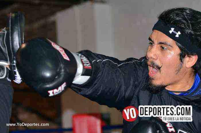 El debut de Oscar Ortiz como boxeador profesional
