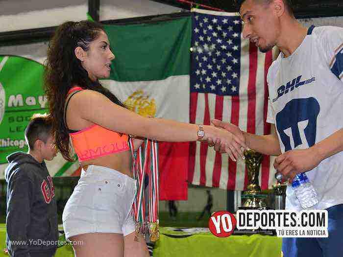 Alexis Martinez modelo edecan-Liga 5 de Mayo Soccer League