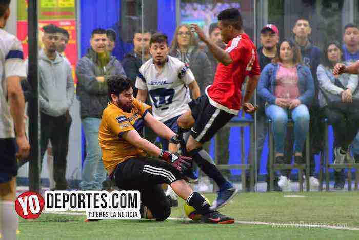 Hayden Diaz portero-Marquette FC-UNAM-Liga 5 de Mayo