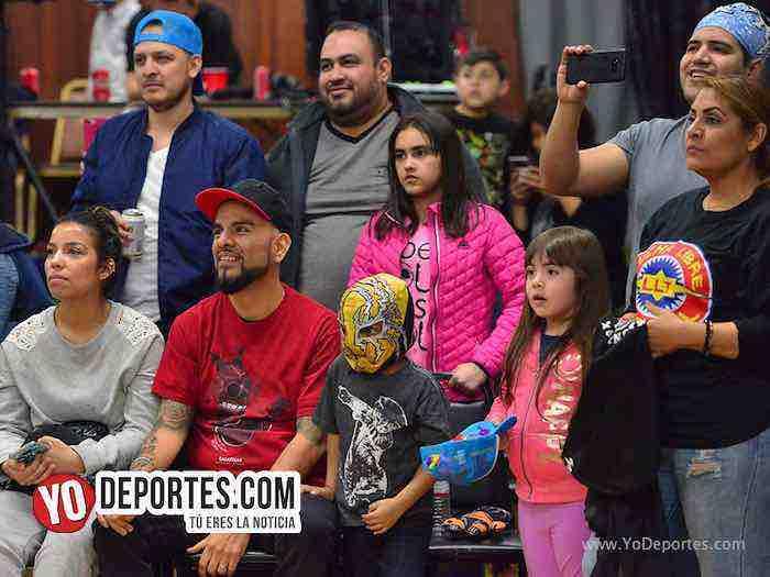 Lucha Libre Total-Discovery-Magnus, Ciclon Ramirez-Destructor Jr-Yakuza-Relampago-Eagles Club publico