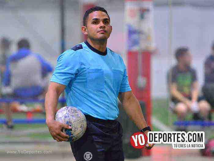 Arbitro John Montoya-Zoologico-San Cristobal-Liga Latinoamericana