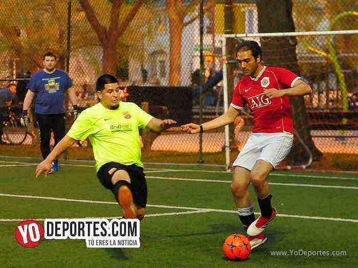 Bayern-Barcelona-Illinois International Soccer League Pottawottomie Park futbol