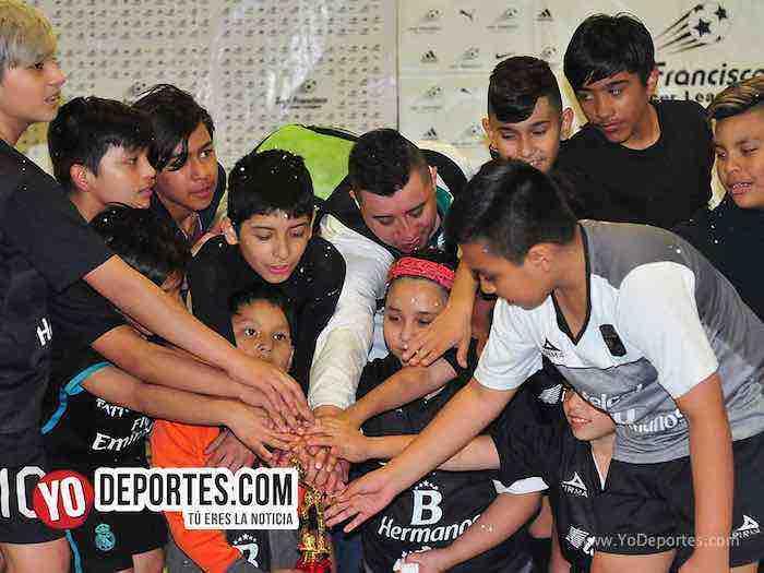 Liga San Francisco-Finales infantiles indoor soccer Chicago futbol