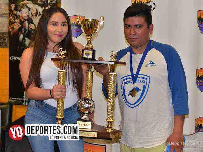 Michoacan-Deportivo El Sauz-Chitown Futbol veteranos finales jueves