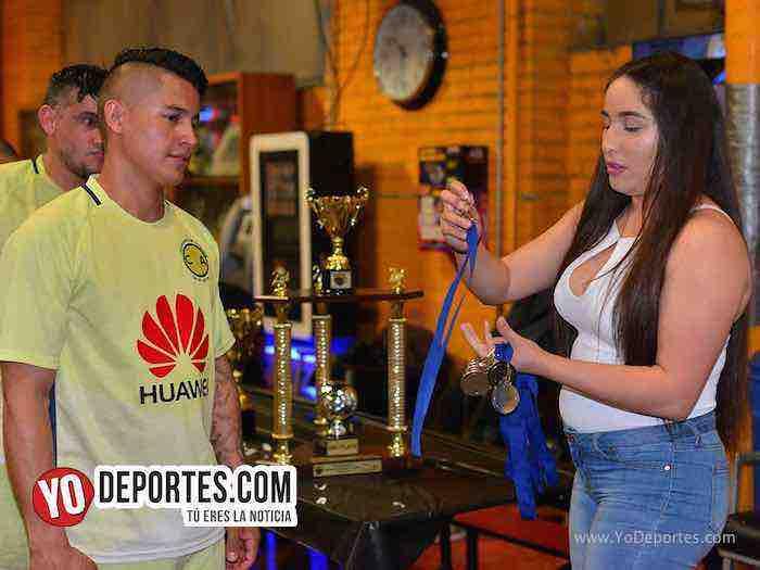 Michoacan-Deportivo El Sauz-Chitown Futbol veteranos indoor final