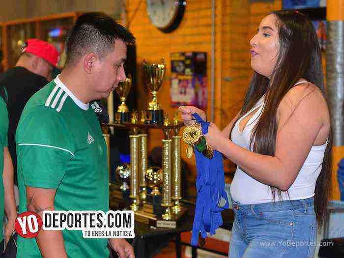 Michoacan contra Deportivo El Sauz Chitown Futbol veteranos Kathy Lomes