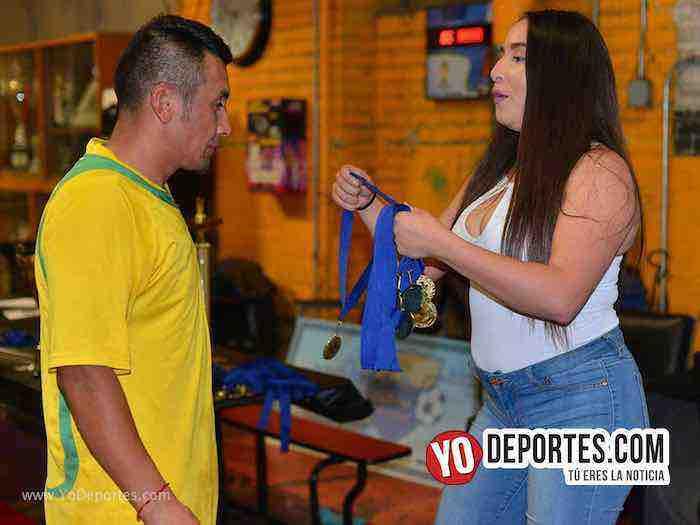 Monarcas-Jalisco-Chitown Futbol veteranos Kathy Lomes