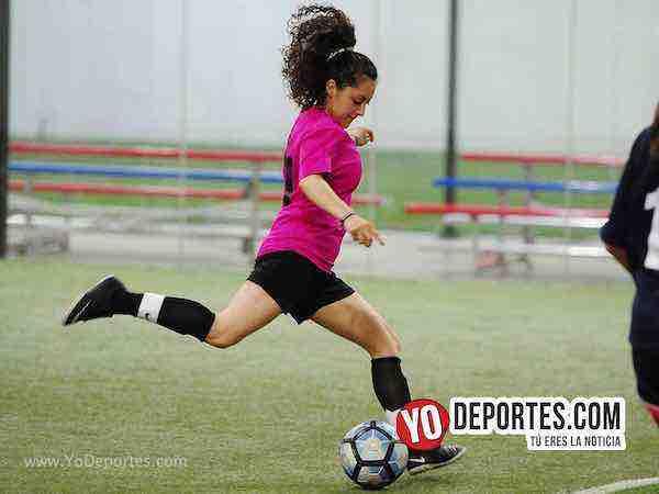 Muchos Nachos-Atletico-AKD Soccer League femenil futbol